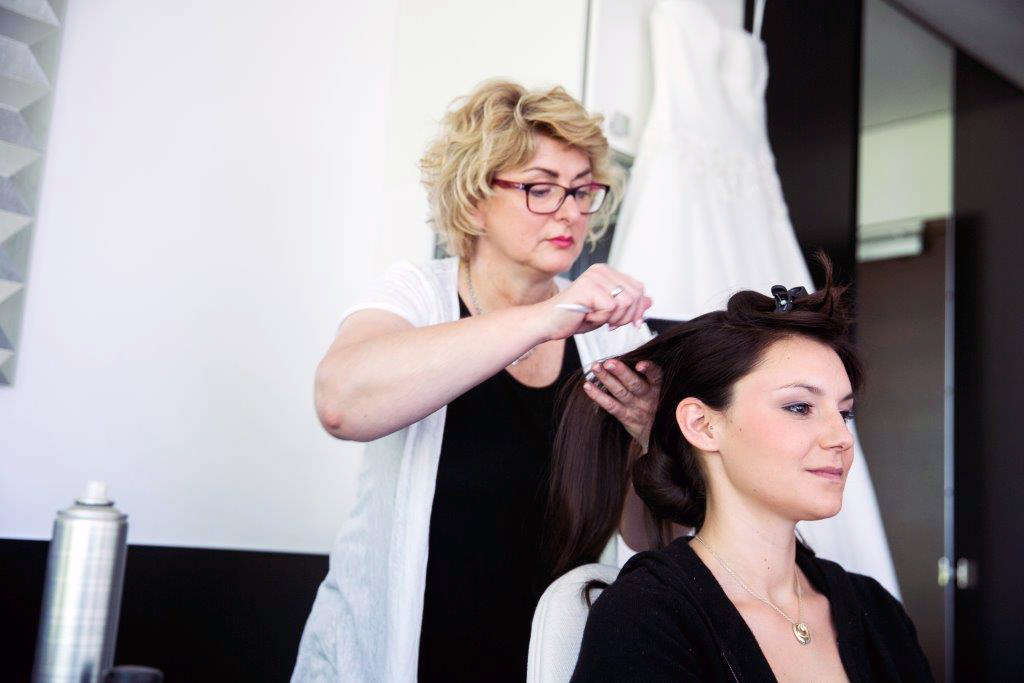 Brautfrisuren und Braut-Make-Up